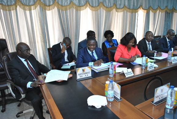 les noms des ministres actuels du cameroun pdf